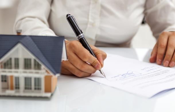 podpisywanie dokumentów nieruchomości domu
